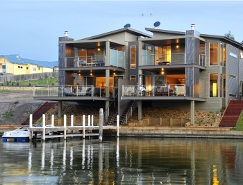 Gippsland Lakes Escapes