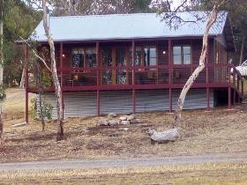 Ivybrook Vineyard Cottage - Accommodation in Brisbane