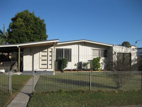 Our Holiday House - Accommodation in Brisbane