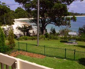 Driftwood Beach House Jervis Bay - Accommodation in Brisbane