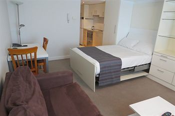 Waldorf Pennant Hills Apartment Hotel - Accommodation in Brisbane