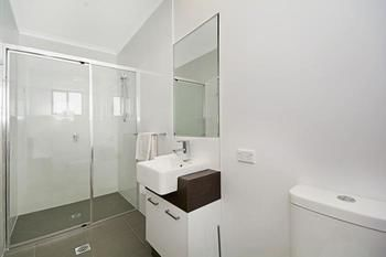 Cooroy Luxury Motel Apartments Noosa - Accommodation in Brisbane
