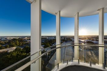 Meriton Serviced Apartments Sydney Airport