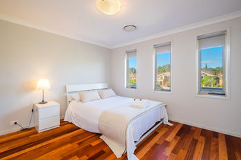 Getaway Holiday House Bankstown - Accommodation in Brisbane