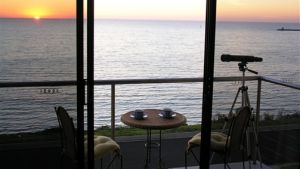 Clifftop Accommodation Portland Victoria - Accommodation in Brisbane