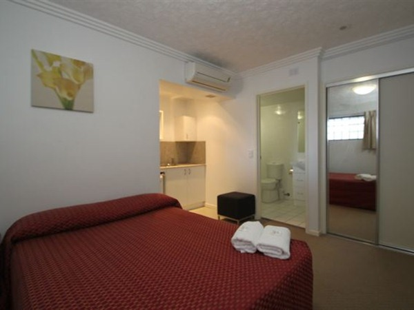 Southern Cross Motel and Serviced Apartments - Accommodation in Brisbane