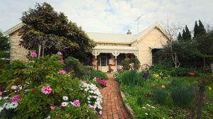 Eastcliff Cottage Sorrento - Accommodation in Brisbane