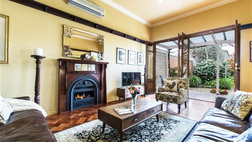 Avalon Guesthouse - Accommodation in Brisbane