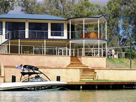 Cascades on the River - Accommodation in Brisbane