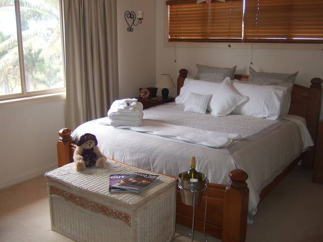 Ayr Bed and Breakfast on McIntyre - Accommodation in Brisbane
