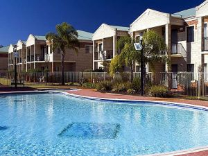 Country Comfort inter City Hotel  Apartments - Accommodation in Brisbane