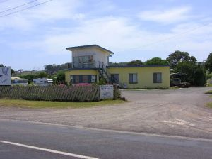 Dutton Way Caravan Park - Accommodation in Brisbane