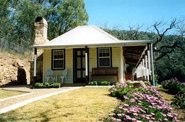 Price Morris Cottage - Accommodation in Brisbane