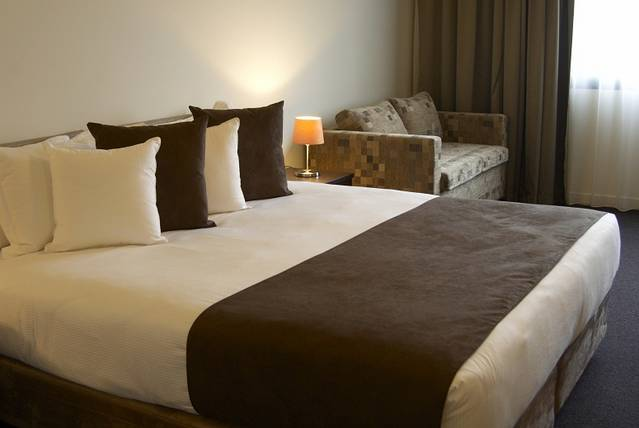 Quality Hotel Tabcorp Park - Accommodation in Brisbane