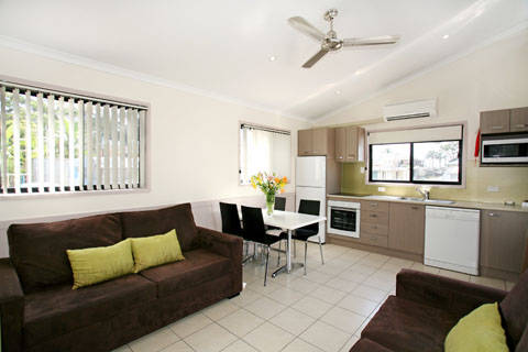 Shoal Bay Holiday Park - Accommodation in Brisbane