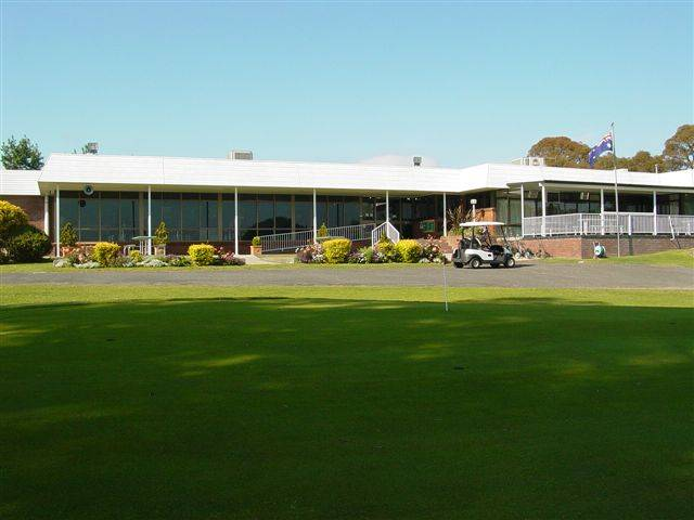 Tenterfield Golf Club and Fairways Lodge - Accommodation in Brisbane