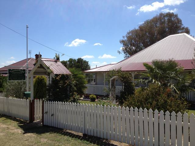 Tenterfield Luxury Historic c1895 Cottage - Accommodation in Brisbane