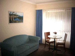 Victoria Lodge Motor Inn  Serviced Apartments - Accommodation in Brisbane