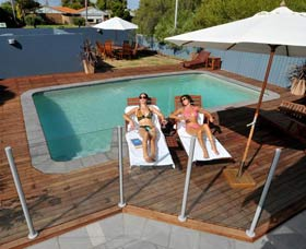 Waikiki Beach Bed and Breakfast - Accommodation in Brisbane