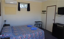 Bluey Motel - Lightning Ridge - Accommodation in Brisbane