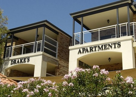 Drakes Apartments with Cars - Accommodation in Brisbane