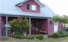 Magenta Cottage Accommodation and Art Studio - Accommodation in Brisbane