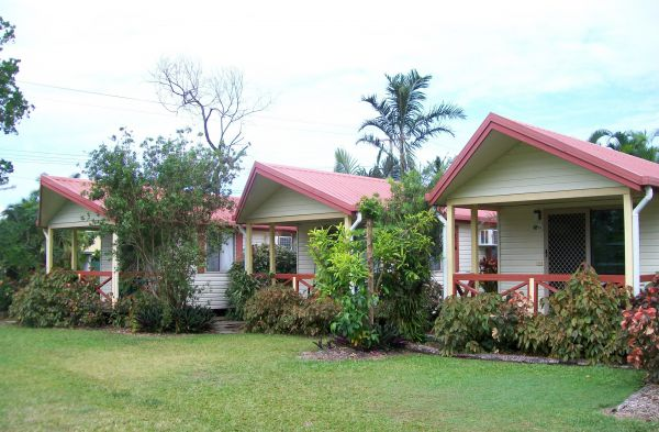 Flying Fish Point Tourist Park - Accommodation in Brisbane