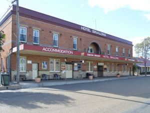 Binalong Hotel - Accommodation in Brisbane