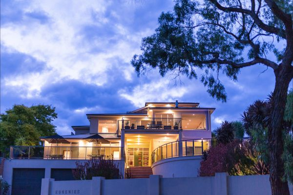 Eugenie's Luxury Accommodation - Accommodation in Brisbane