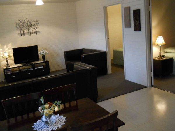 BJs Short Stay Apartments - Accommodation in Brisbane