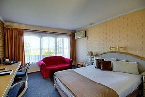 Raglan Motor Inn - Accommodation in Brisbane