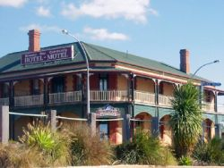 Streaky Bay Hotel Motel - Accommodation in Brisbane