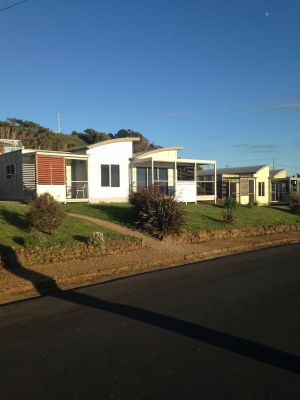Azzure Beach Houses - Accommodation in Brisbane