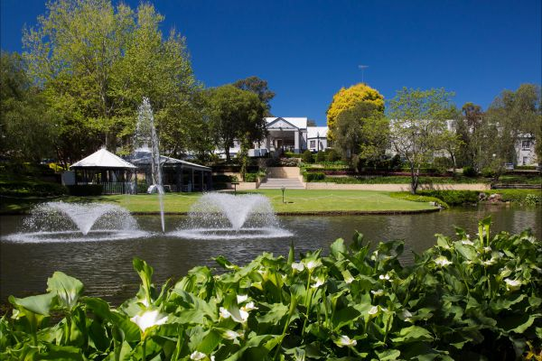 Crowne Plaza Hawkesbury Valley - Accommodation in Brisbane
