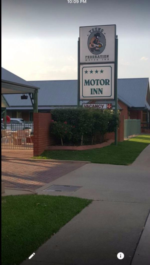 Federation Motor Inn Young - Accommodation in Brisbane