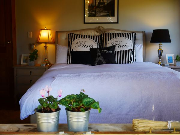 La Perrie Chalet Bed and Breakfast - Accommodation in Brisbane