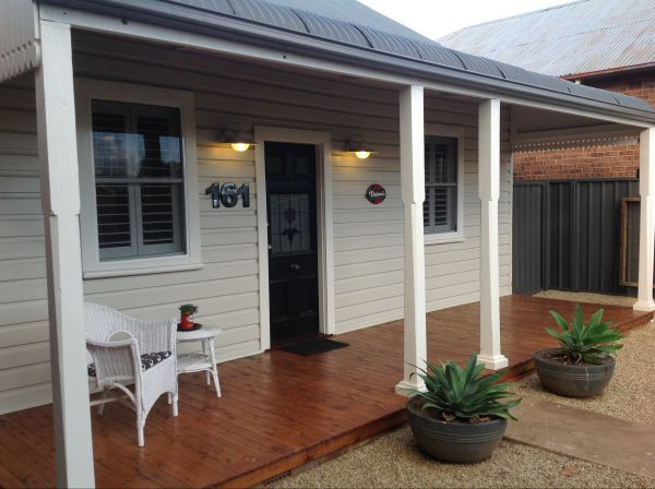 Thelma's Temora - Accommodation in Brisbane