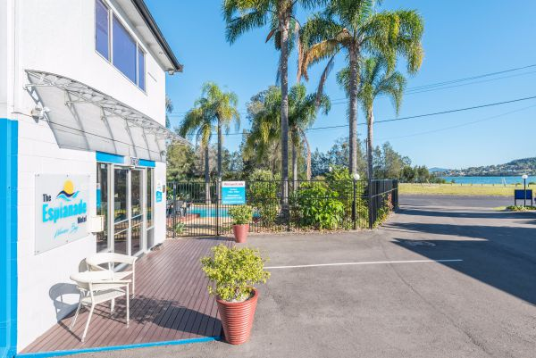 The Esplanade Motel - Accommodation in Brisbane