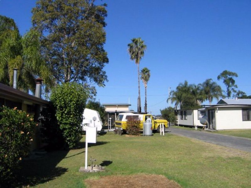 Browns Caravan Park - Accommodation in Brisbane
