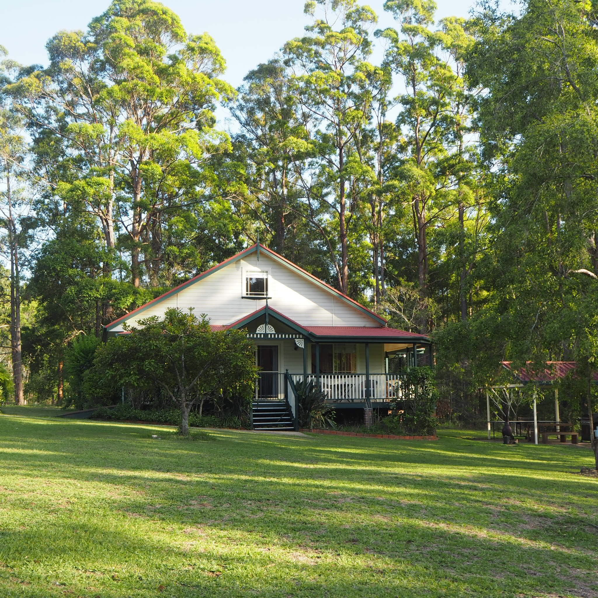 Telegraph Retreat Cottages - Accommodation in Brisbane