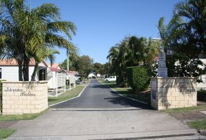 Sarina Palms Caravan Village - Accommodation in Brisbane