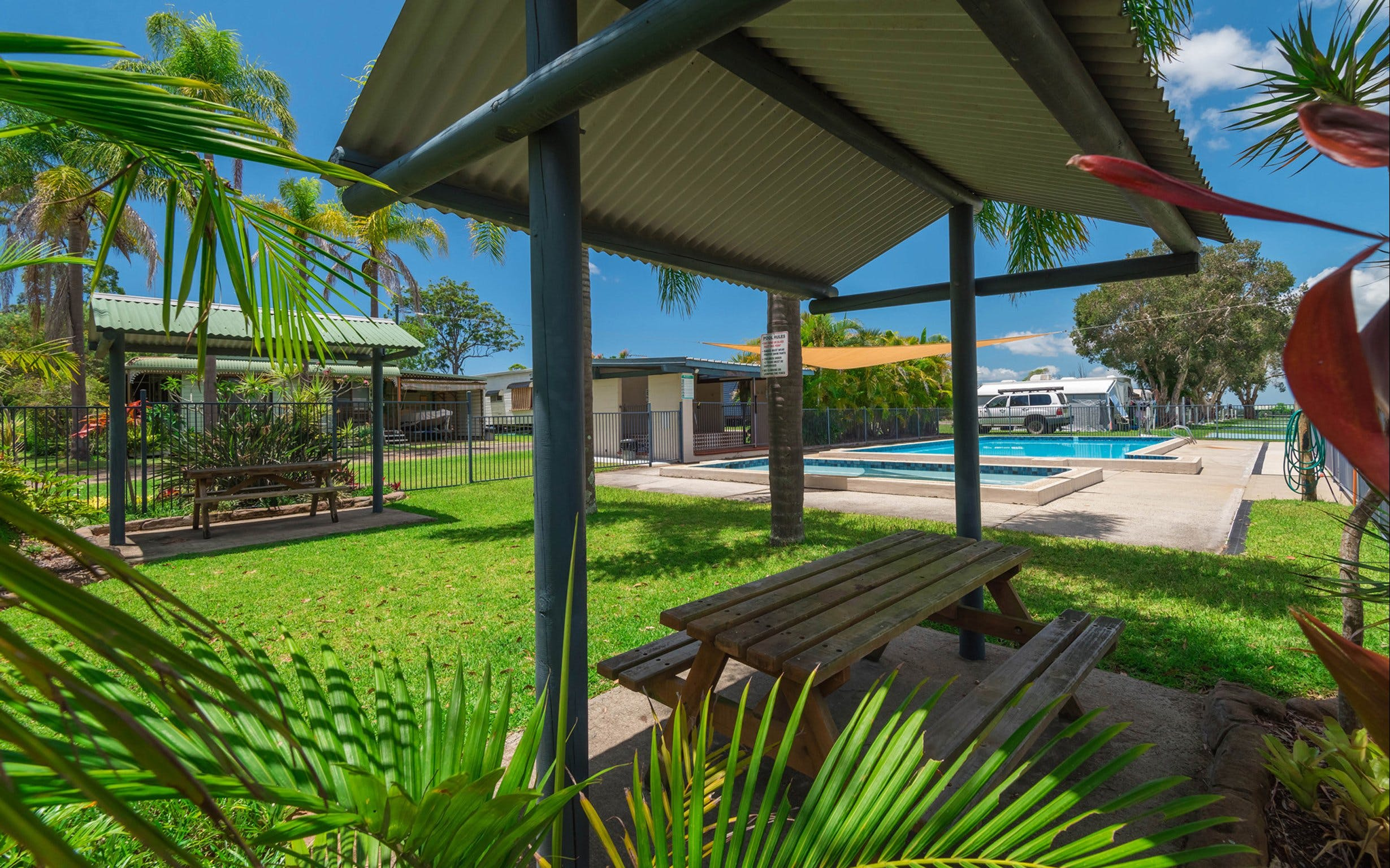 Bimbimbi Riverside Caravan Park - Accommodation in Brisbane