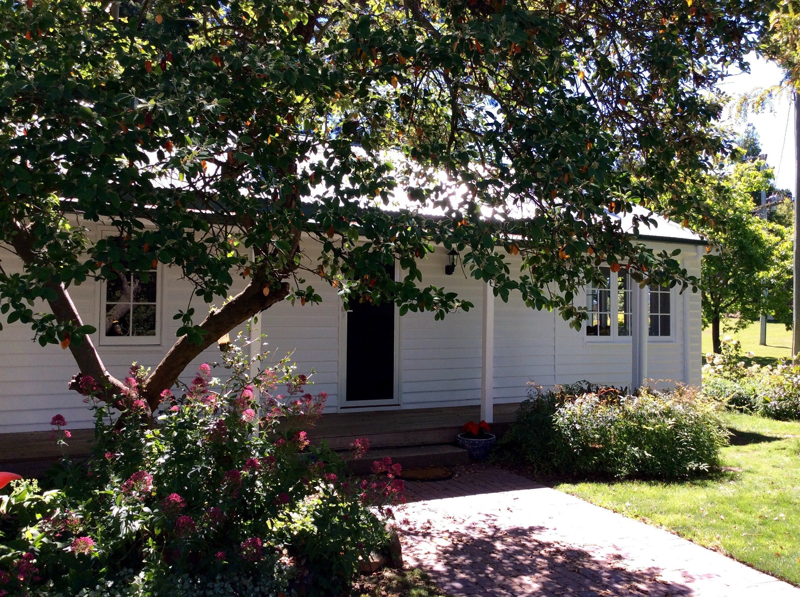 Cairnie Country Cottage - Accommodation in Brisbane