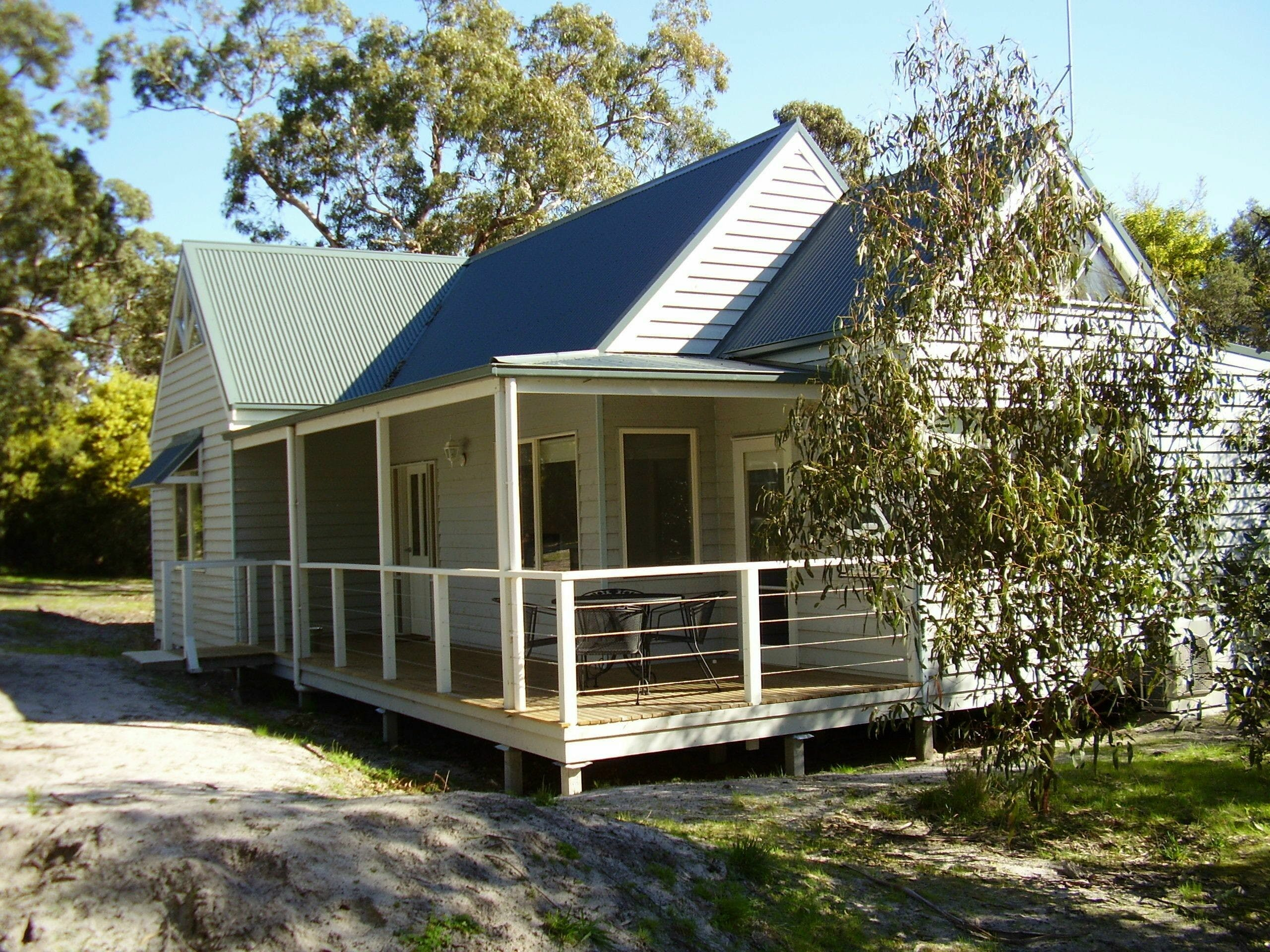 Hooked Inn Cottages - Accommodation in Brisbane