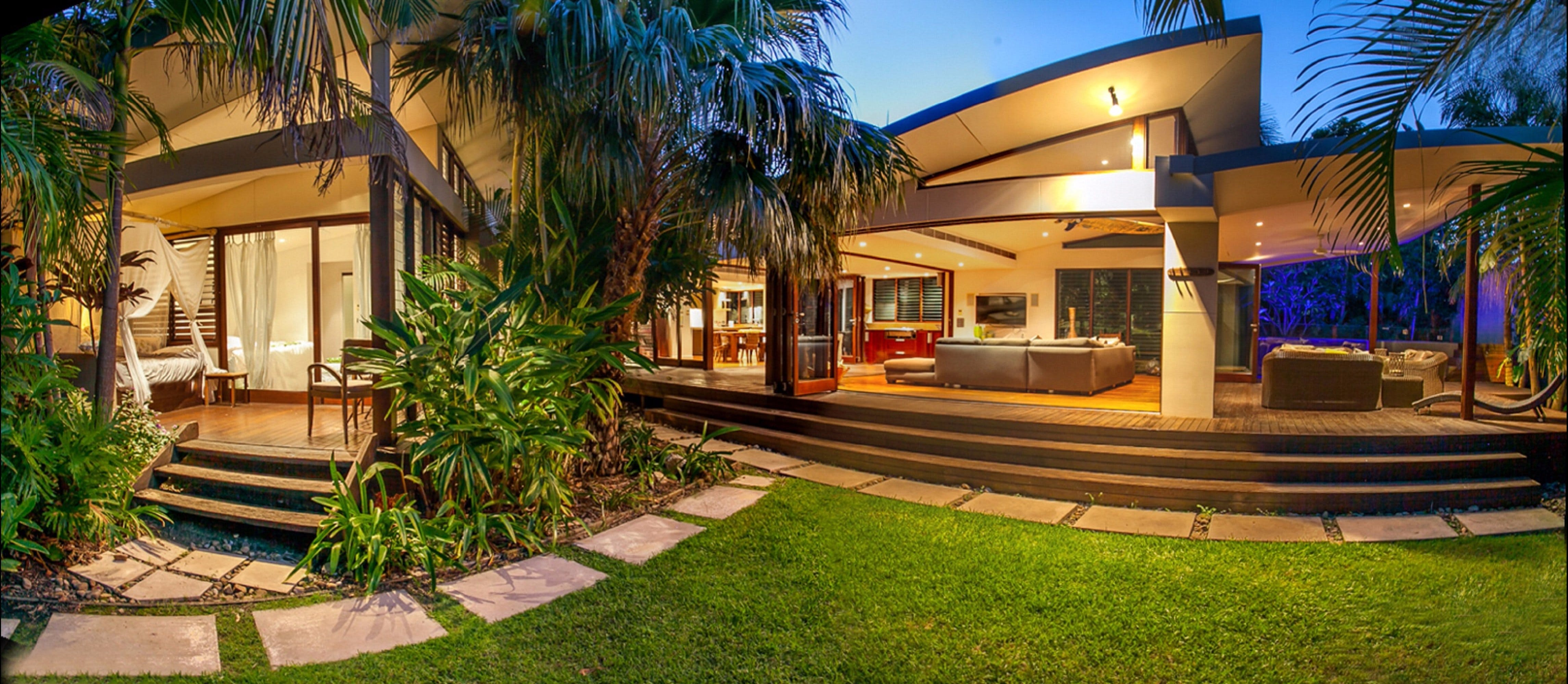 Pavilion Two at Broken Head - exclusive beachfront - Accommodation in Brisbane
