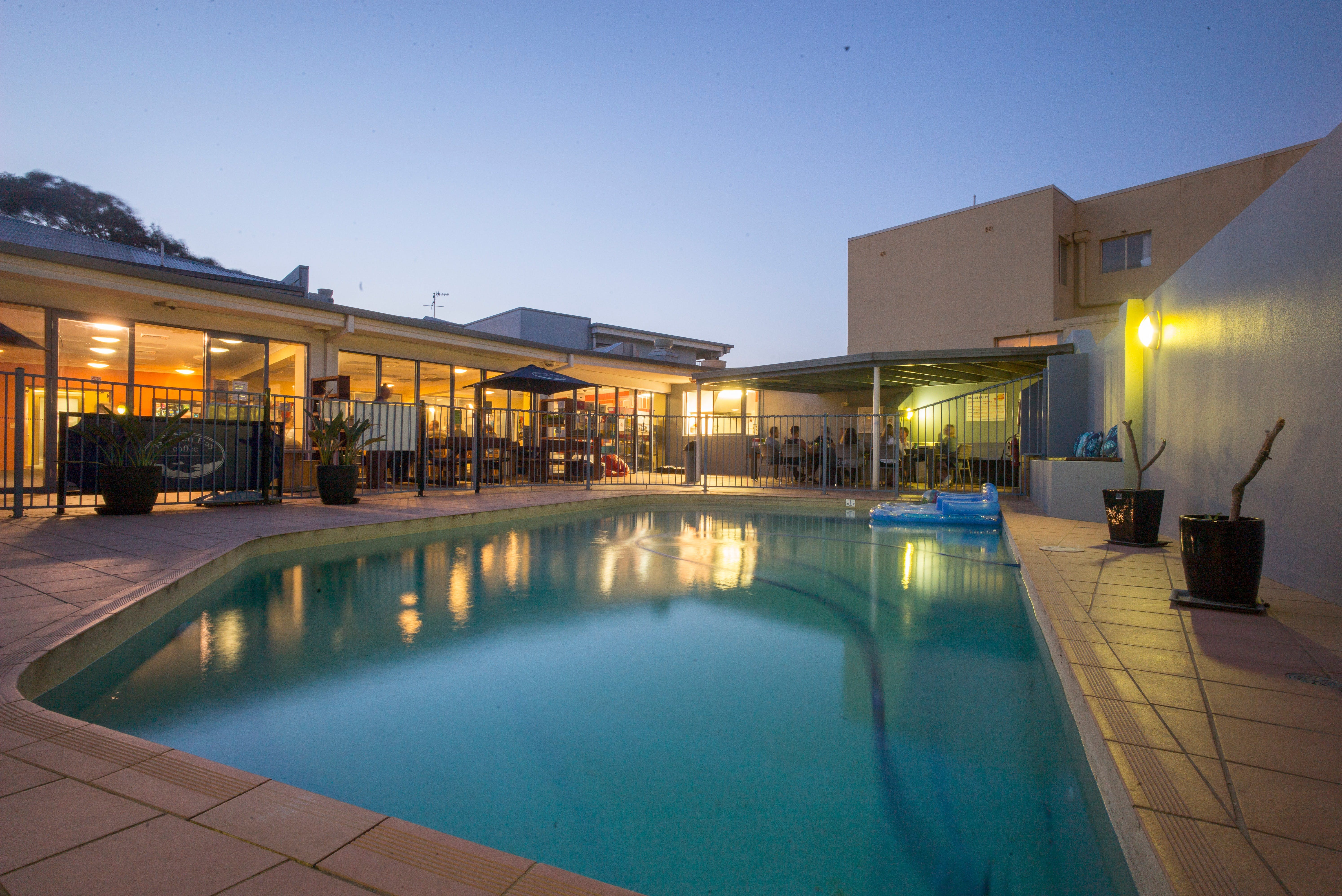 Sydney Beachouse YHA - Collaroy - Accommodation in Brisbane