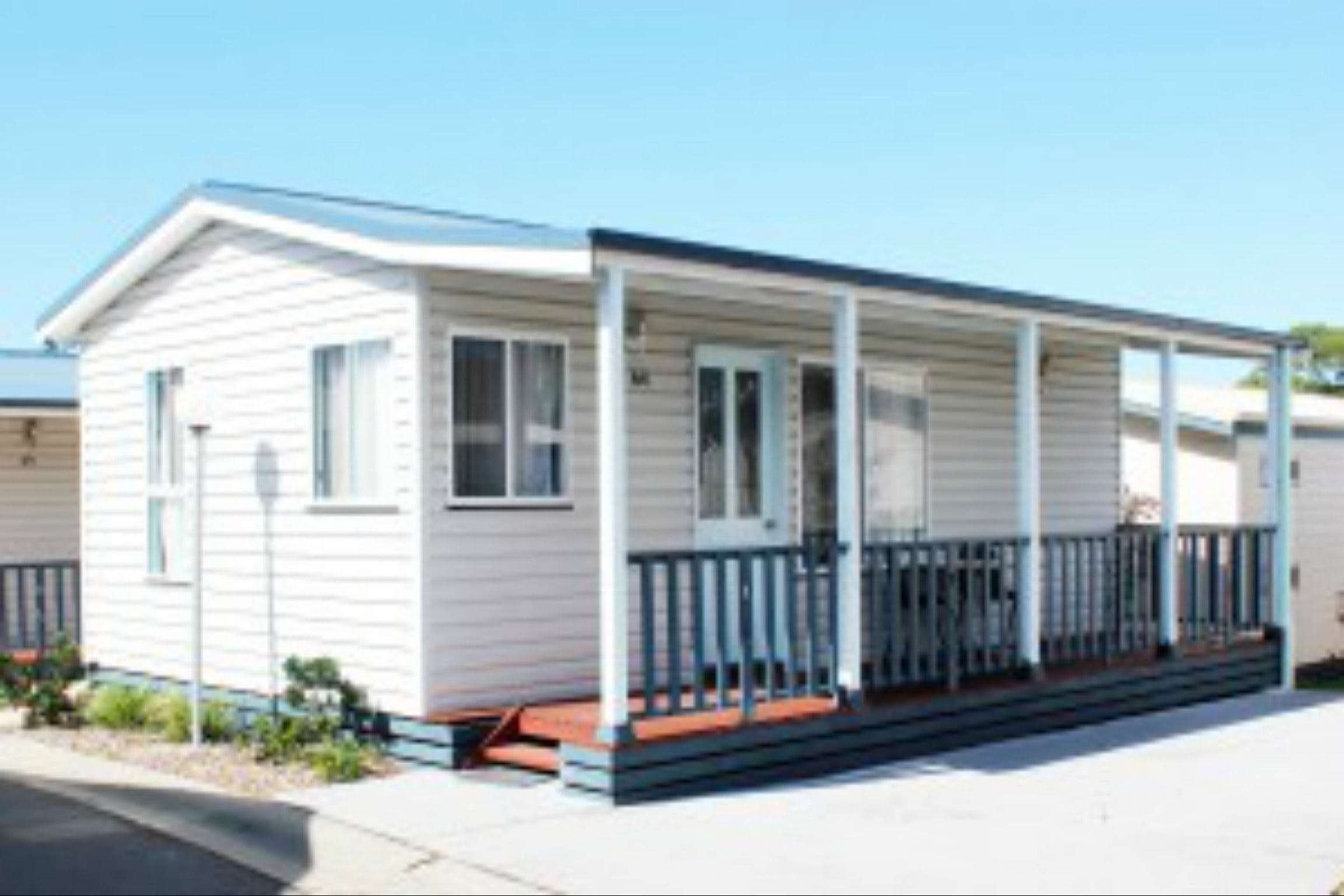 Redhead Beach Holiday Park - Accommodation in Brisbane