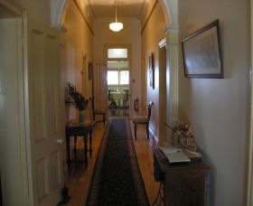 Hoover House Bed  Breakfast - Accommodation in Brisbane