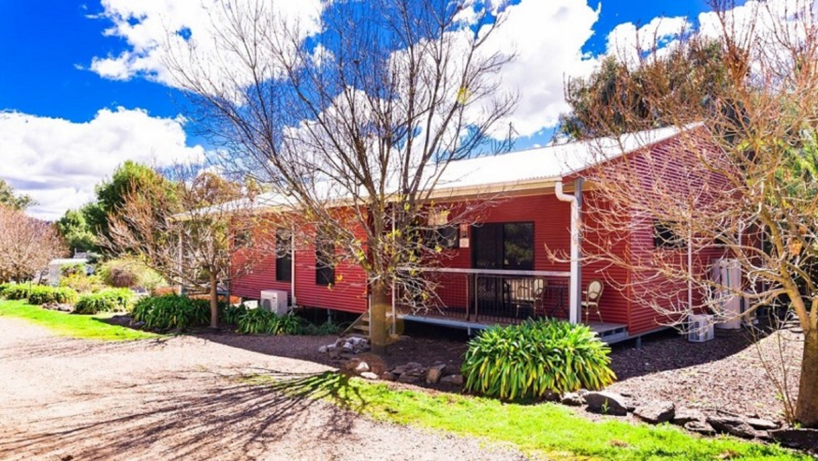 Hillview Farmstay - Accommodation in Brisbane