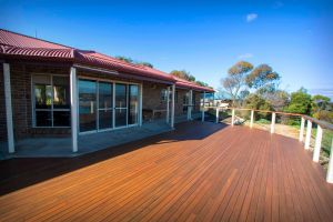 Limestone Ridge - Holiday House - Accommodation in Brisbane